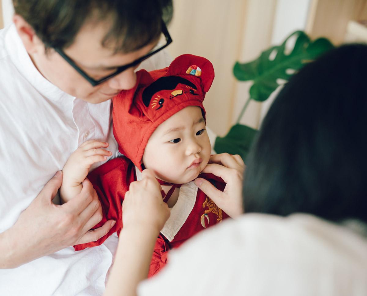 1歲 生日 抓周 儀式 流程 虎衣