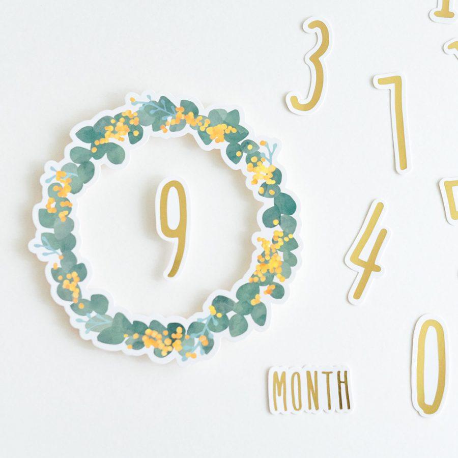 Kazokutte 生日系列紀念日數字裝飾 / 花圈